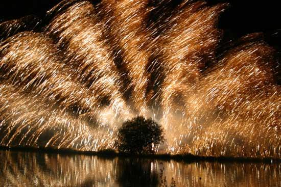 Festival d 39 art pyrotechnique c m moire vive - Saint palais sur mer office du tourisme ...