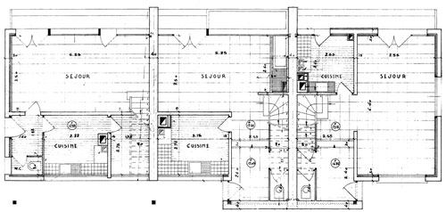 construire 3 maisons mitoyennes. Black Bedroom Furniture Sets. Home Design Ideas