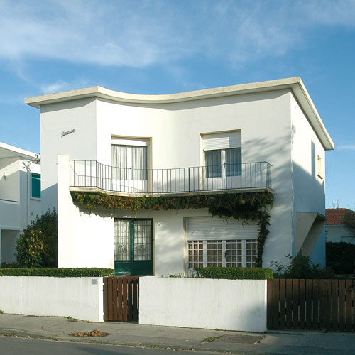 Villa kenavo architecture royan 1950 for Architecture petite villa moderne