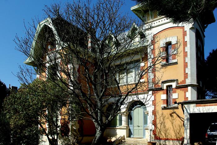 """Résultat de recherche d'images pour """"Villa france royan"""""""