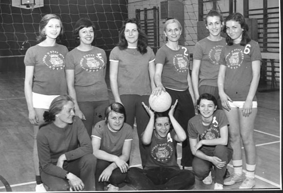 Volley-juniors1971-72-demi-finalistes-championnat-de-Fr